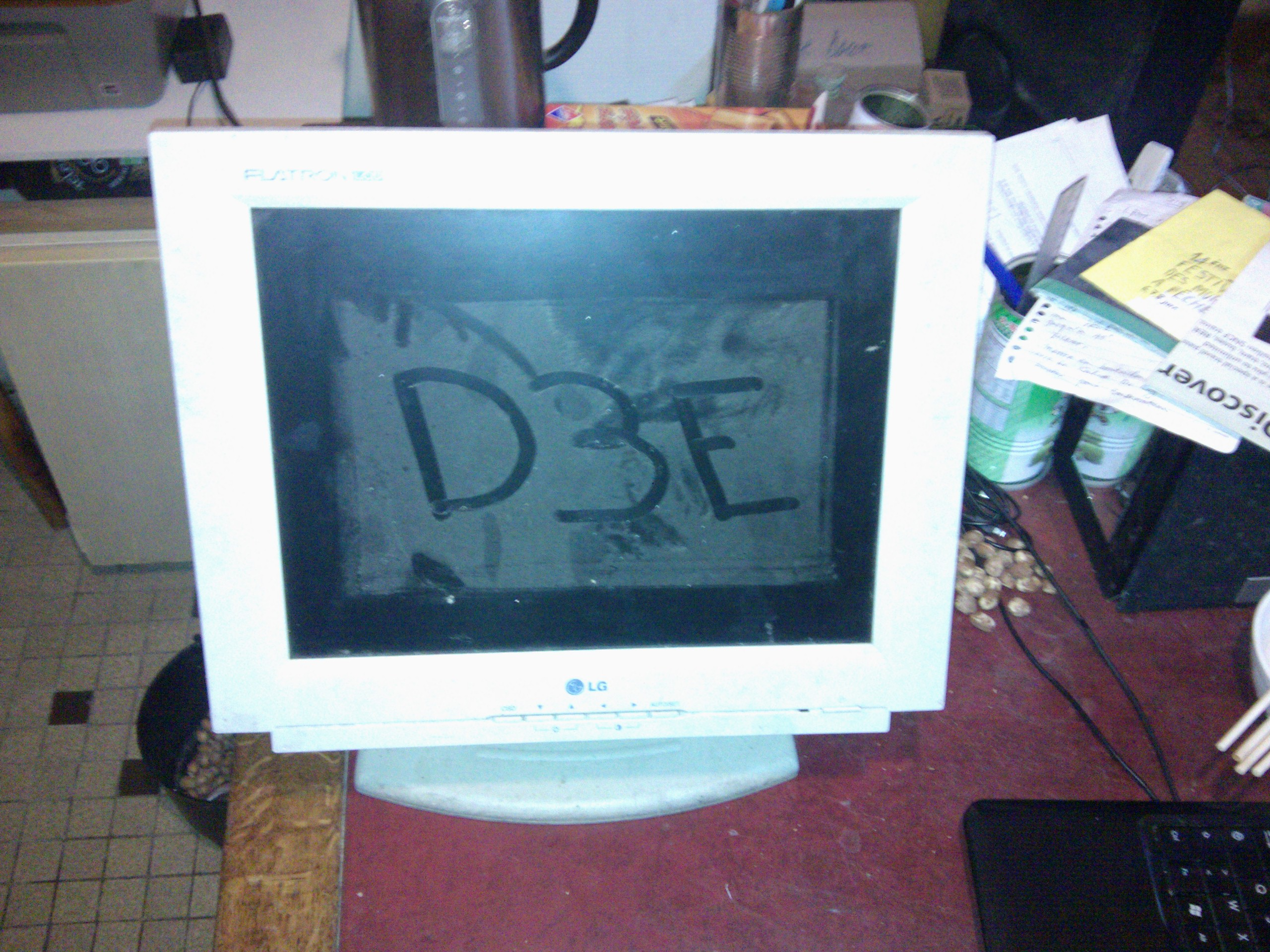 Démontage et hack d'un écran plat LCD